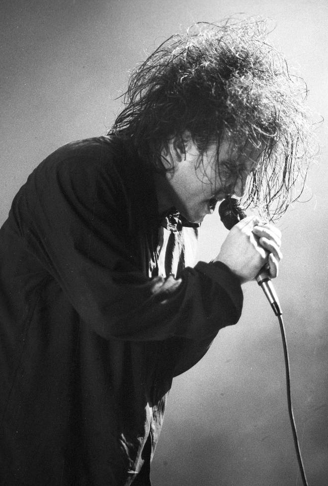 Robert Smith performs with The Cure in New York, 1989