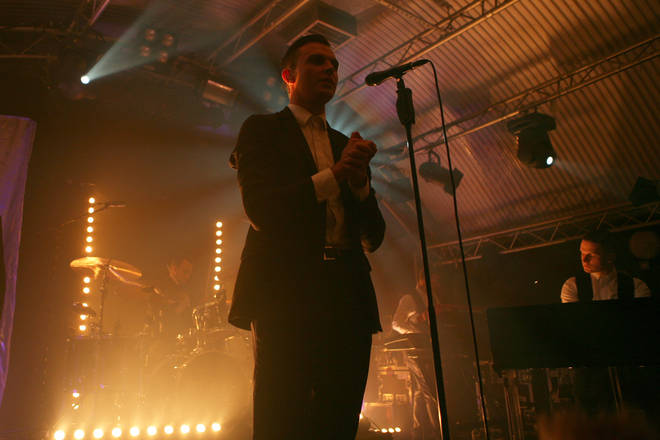 Hurts Perform at Leeds Cockpit in October 2010.