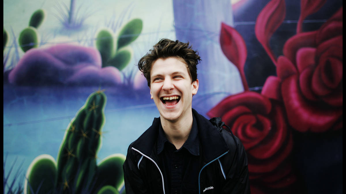 What's the sample on Jamie T's Sheila?