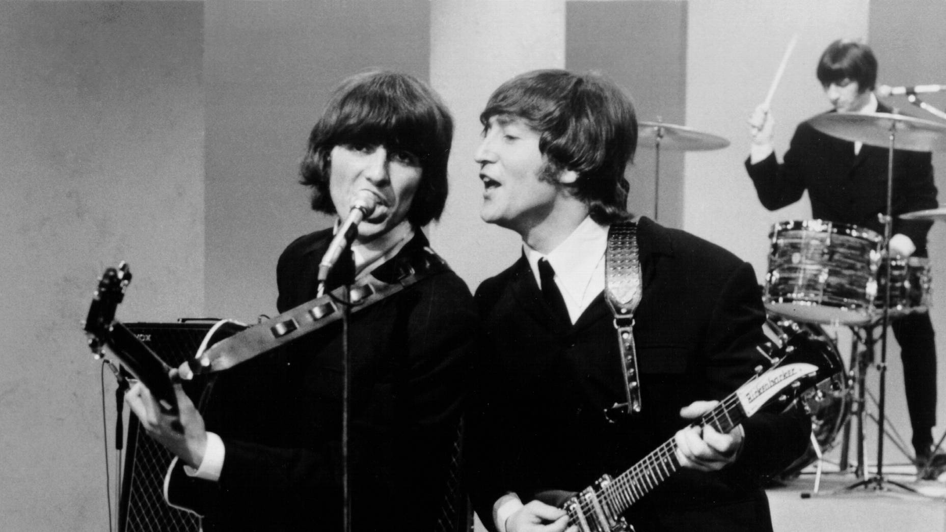 Video Guitar Once Owned By George Harrison And John Lennon Valued Up To 400k On Radio X