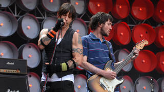 Anthony Kiedis and John Frusciante onstage at Live Earth on 7 July 2007