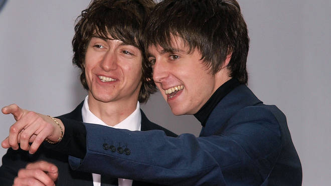 Alex Turner and Miles Kane of The Last Shadow Puppets in 2008