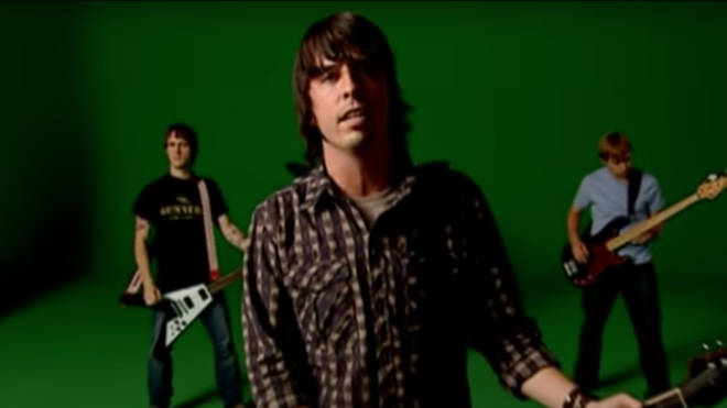 Dave Grohl sings Foo Fighters' Times Like These in their official video
