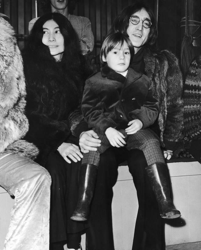 John and Julian Lennon with Yoko Ono, 1968
