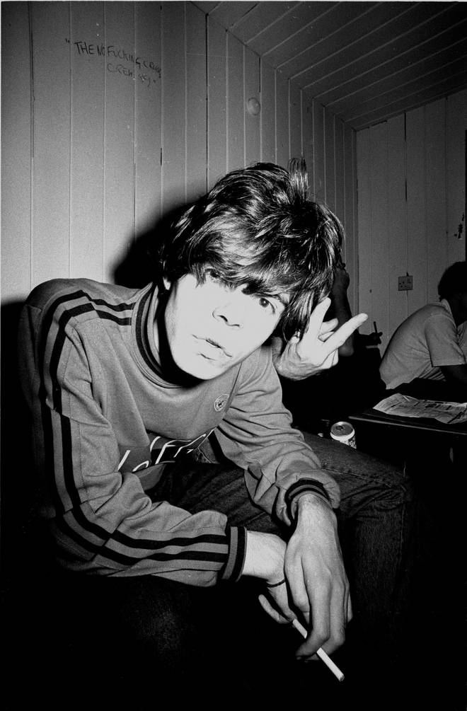 Tim Burgess backstage at a Charlatans gig in 1990. Tonorrow, he'll be back to delivering purhase orders for ICI.