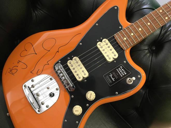 Noel Gallagher signed guitar