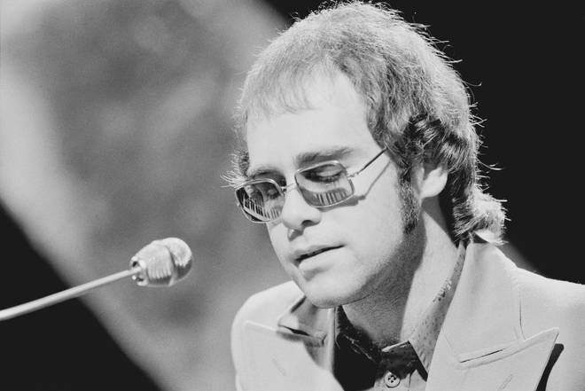 Elton John performing in Top of The Pops in 1972