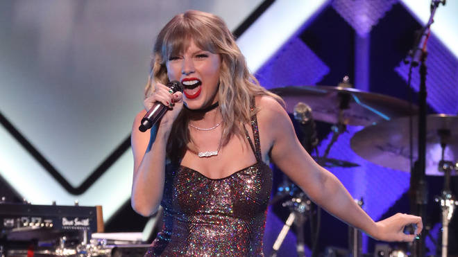 Taylor Swift performs at Z100's iHeartRadio Jingle Ball show in 2019
