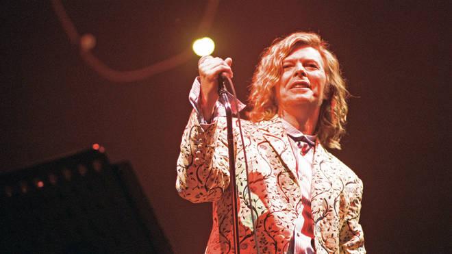 David Bowie performing at Glastonbury 2000