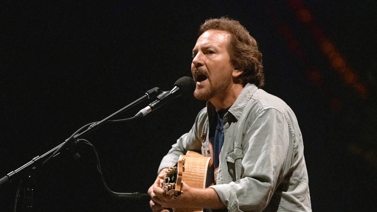 How much is Pearl Jam's Eddie Vedder worth?