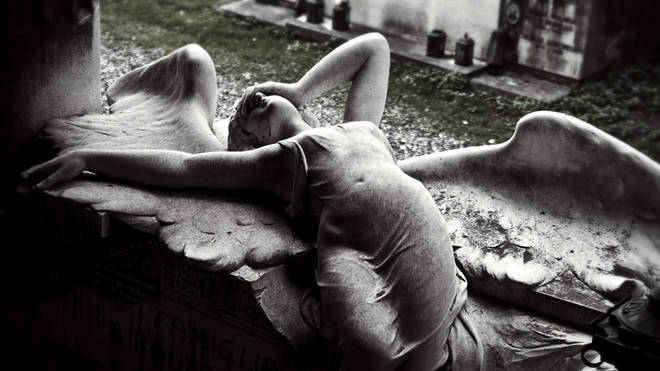A grieving angel on the Ribaudo family tomb, sculpted by Onorato Toso circa 1910.