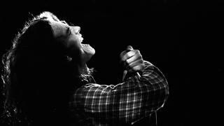 Eddie Vedder performing with Pearl Jam in Amsterdam in 1992