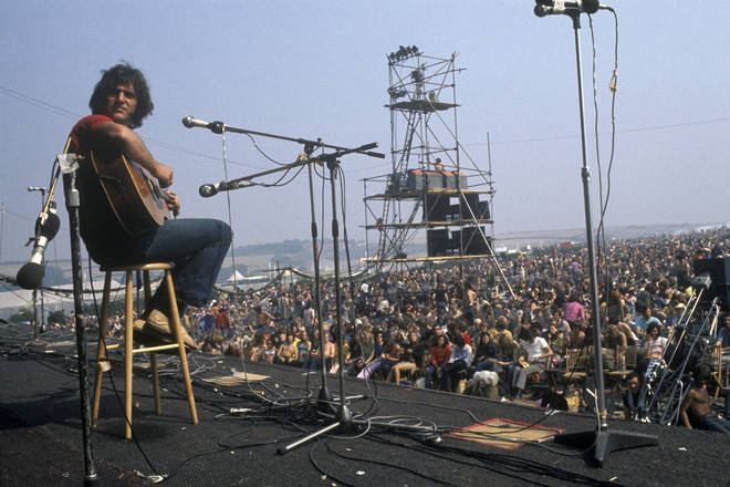 Ralph McTell performing at the Isle Of Wight Festival, 1970