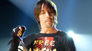 Anthony Kiedis of Red Hot Chili Peppers onstage in 2002