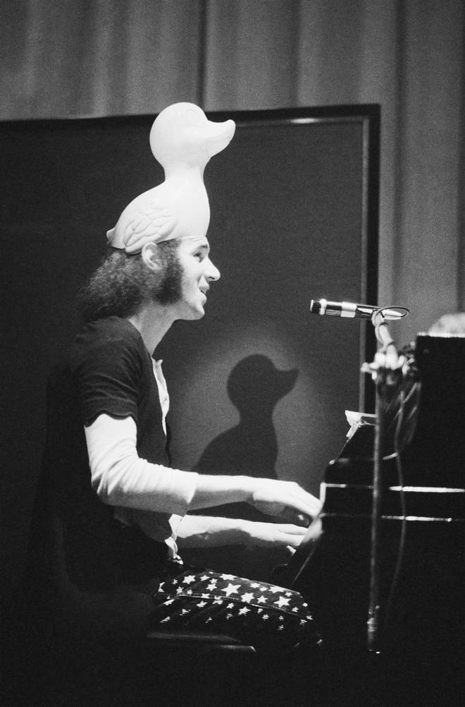 Neil Innes performing in 1972
