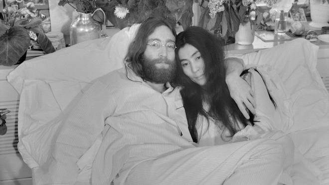 John Lennon S Killer Mark Chapman Apologises To Yoko Ono For Despicable Act Radio X