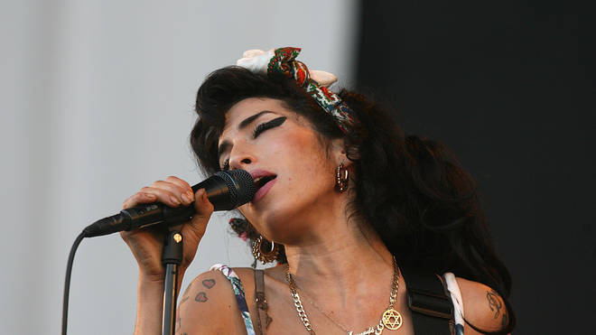 Amy Winehouse performs Oxegen Festival 2008