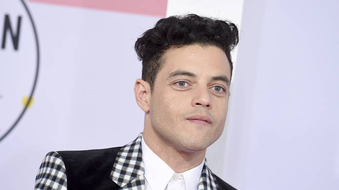 Rami Malek arrives at the American Music Awards 2018