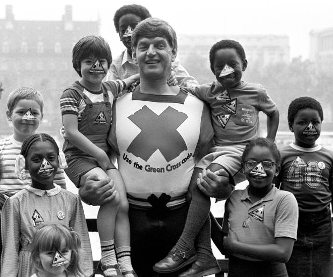 Dave Prowse 1935-2020