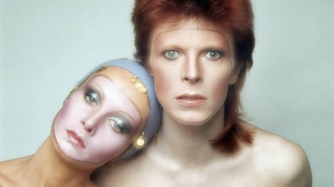David Bowie is joined by model Twiggy for the sleeve of his 1973 covers album, Pin-Ups