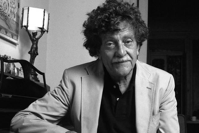 Author Kurt Vonnegut Jr in 1985