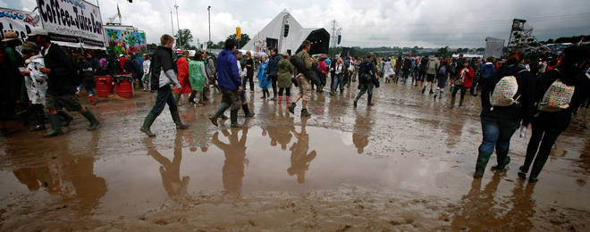 Things get a little boggy on the first day of the 2007 Glastonbury festival