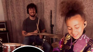 Nandi Bushell jams with Arctic Monkeys' Matt Helders