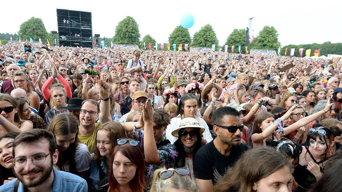 latitude festival - photo #8