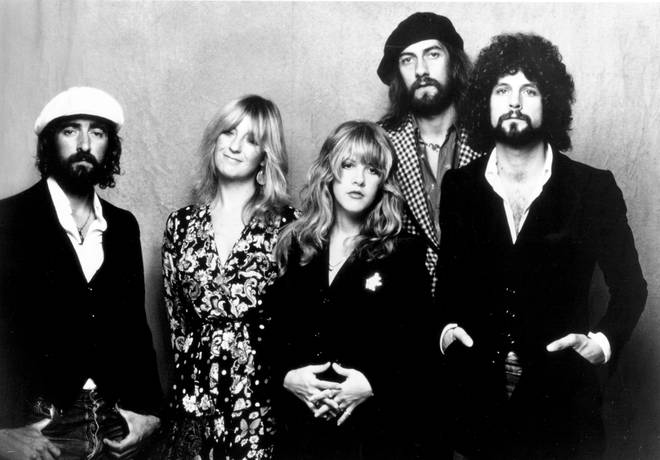 Fleetwood Mac in 1975: John McVie, Christine McVie, Stevie Nicks, Mick Fleetwood, and Lindsey Buckingham
