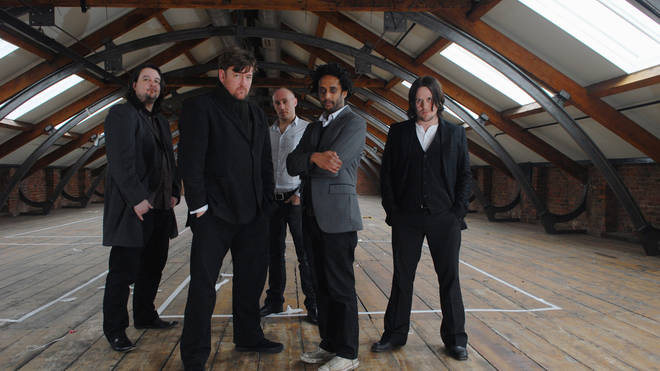 Elbow in 2008: Craig Potter, Guy Garvey, Richard Jupp, Pete Turner and Mark Potter