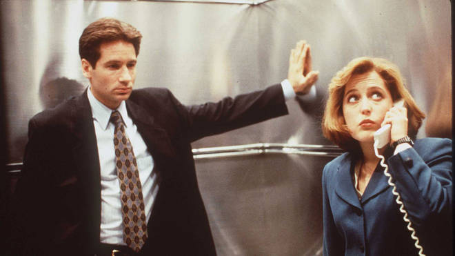 David Duchovny and Gillian Anderson in The X-Files, 1996