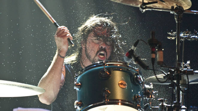 Dave Grohl performing with Them Crooked Vultures in 2009