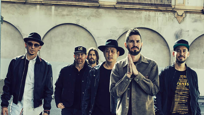 Linkin Park with their late frontman Chester Bennington in 2017