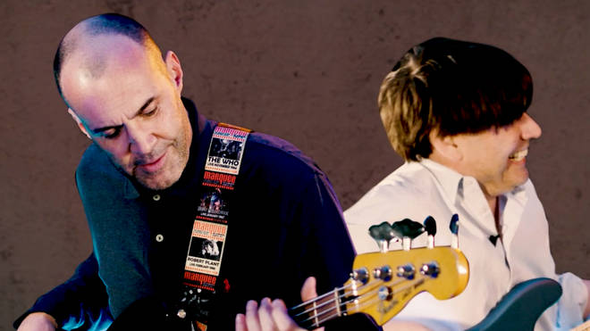 Johnny Vaughan learns the bass with Blur's Alex James