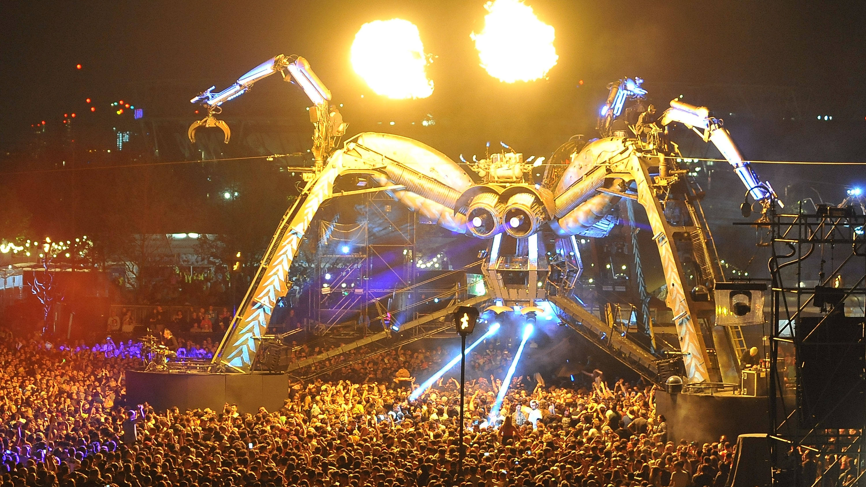 334f138d7eef9 Glastonbury 2019: Arcadia reveal what will replace their Spider ...