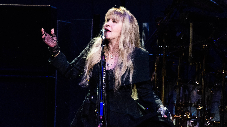 Did Fleetwood Mac tease a headline slot at Glastonbury 2020?