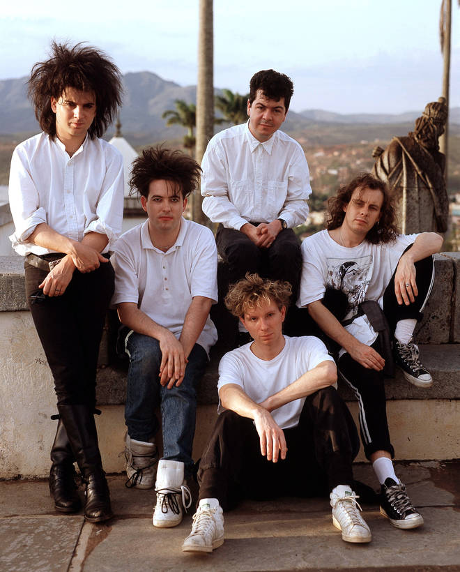 The Cure in Brazil, 1987: Simon Gallup, Robert Smith, Boris Williams, Lol Tolhurst and Porl Thompson.