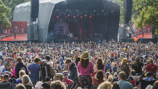 Kendal Calling 2015 crowd