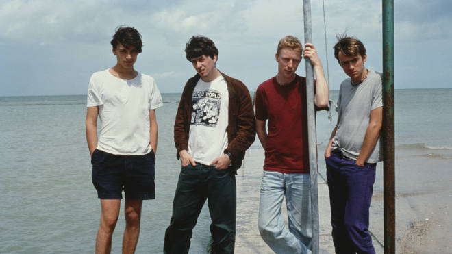 Desenfoque en la playa en 1995: Alex James, Graham Coxon, Dave Rowntree, Damon Albarn