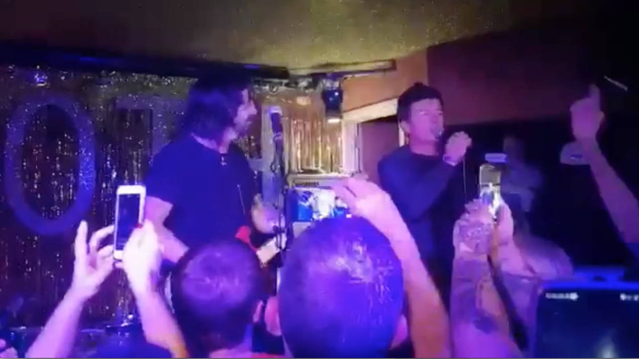 VIDEO: Dave Grohl & Rick Astley make surprise appearance at London club