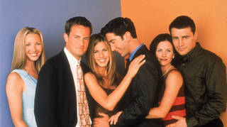 The Cast Of Friends: Lisa Kudrow, Matthew Perry, Jennifer Aniston, David Schwimmer, Courteney Cox, and Matt LeBlanc