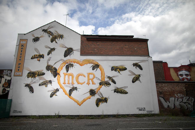 Manchester Bee Murals Tribute To Arena Terror Attack Victims