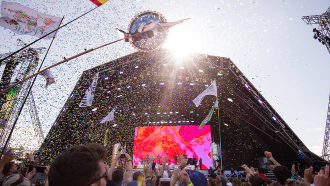 Glastonbury Festival 2020.Glastonbury Festival S Ticket Price Has Increased For 2020