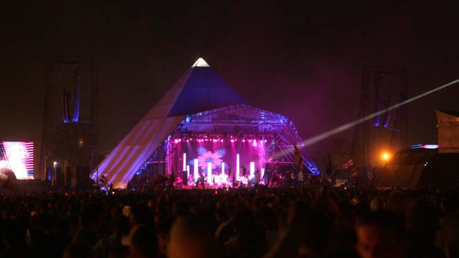 Pyramid stage at Glastonbury Music Festival 2005 - Day 3