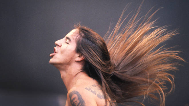 Anthony Kiedis performing at Werchter, 1992