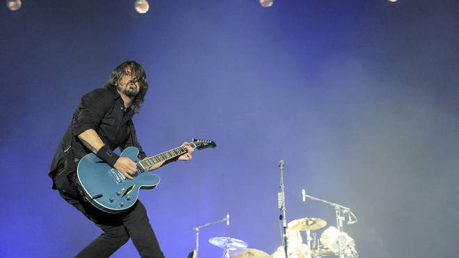 Foo Fighters' Dave Grohl at Rock-en-Seine 2011