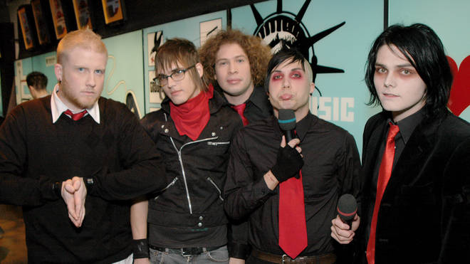Jesse McCartney, My Chemical Romance, and Rick Gonzalez Visit MTV's TRL - January 17th, 2005