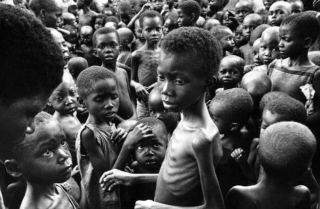 A group of emaciated children during the civil war in Biafra, 1970